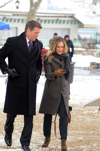 "Pierce Brosnan and Sarah Jessica Parker shooting scenes for the forthcoming romantic comedy ""I Don't Know How She Does It"" in Manhattan."