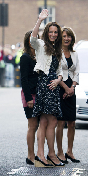 pippa kate middleton sister. Kate Middleton, with her