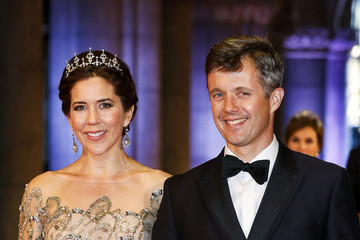 Princess Mary Guests Arrive for a Dinner With the Royal Family