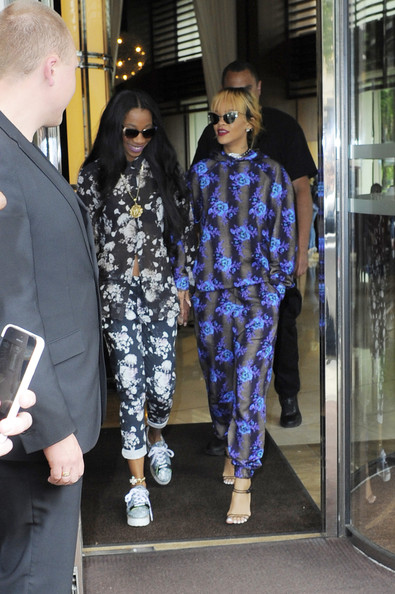 rihanna and melissa forde photos photos rihanna and melissa forde. Cars Review. Best American Auto & Cars Review