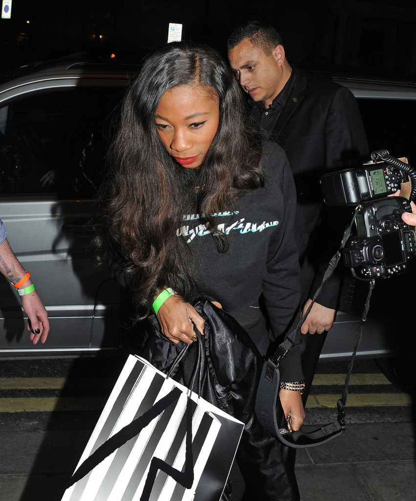 melissa forde photos photos rihanna comes home late 4 zimbio. Cars Review. Best American Auto & Cars Review