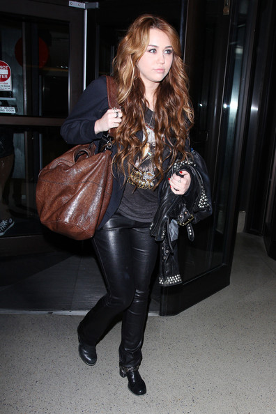 Harley Davidson Red Deer >> Miley Cyrus at LAX - Zimbio