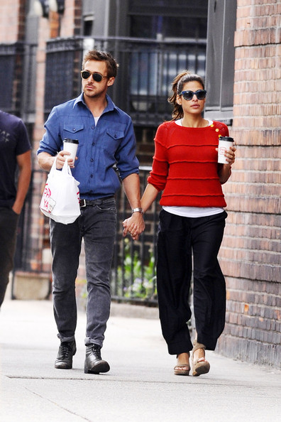 Ryan Gosling and Eva Mendes Together in NYC - Zimbio