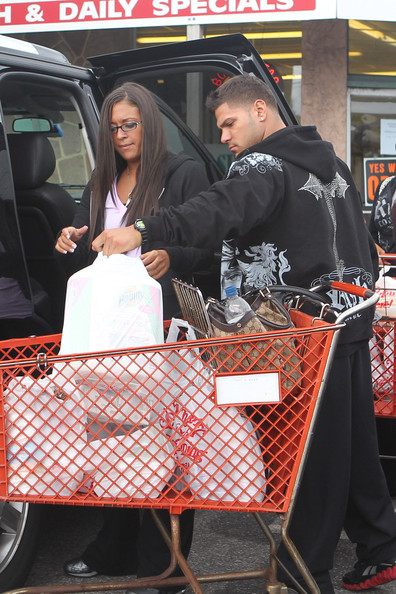 jersey shore sammi and ronnie 2011. Jersey Shore Cast Leaves the