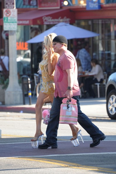 Teen bride Courtney Stodden and Doug Hutchison go for a stroll in Los