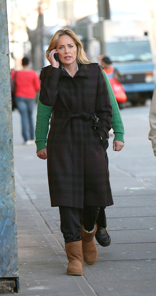 Sharon stone sharon stone on the set of &;law &; order: svu&; where she