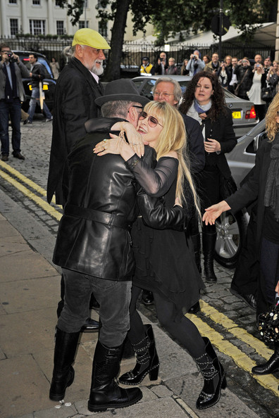 dating in fleetwood Relationship dating details of mick fleetwood and sara recor and all the other celebrities they've hooked up with.