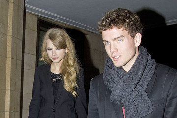 Taylor Swift Brother on Taylor Swift Goes Out To Dinner With Her Mother And Brother Austin To
