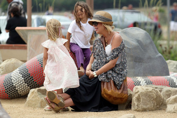 Tori Spelling Liam Tori Spelling and Family at the Park
