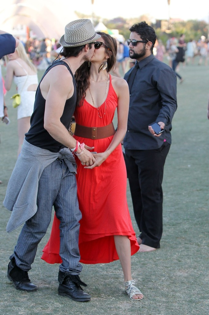 are nina and ian dating in real life They may not have been given a chance to rekindle their past romance in the recently concluded supernatural drama series the vampire diaries (twd), but could paul wesley and nina dobrev be dating in real life.