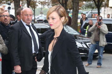Vanessa Paradis PFW: Arrivals at Chanel