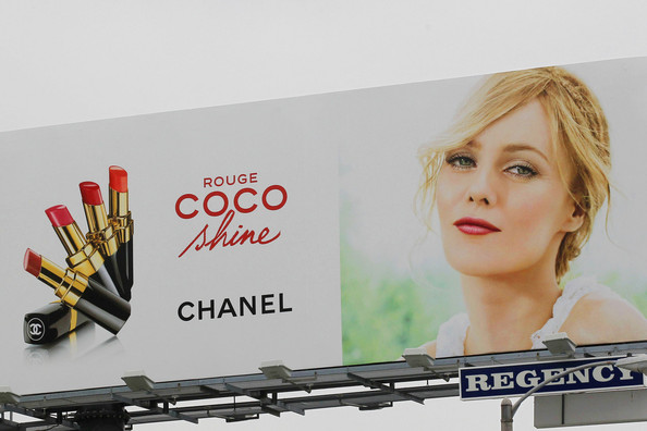 Vanessa Paradis Vanessa Paradis, Johnny Depp's longtime lover, seen gracing Chanel's Rouge Coco cosmetic product billboard on Sunset Blvd. .