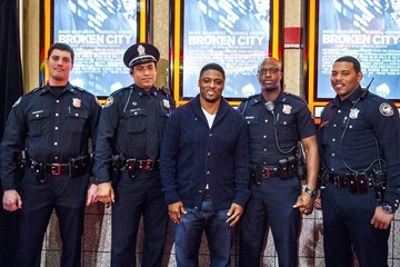 Warrick Dunn Mark Wahlberg and Allan Hughes Promote 'Broken City'
