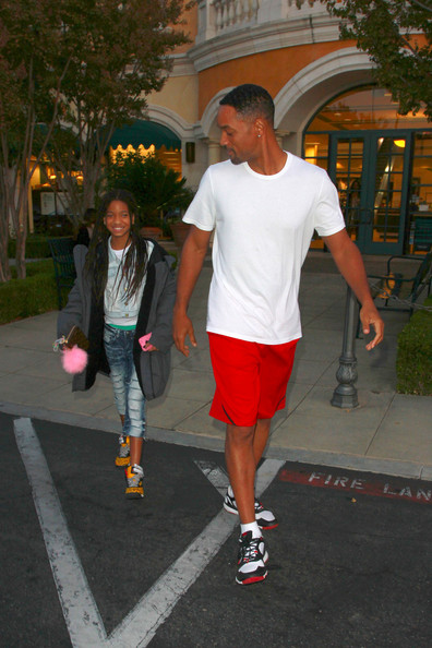 Willow Smith BIRTHDAY BOY! Will Smith and his daughter Willow hold hands as they leave Barnes & Noble on Will's birthday. As Will celebrates his 43rd birthday, daughter Willow is reportedly preparing to finish her debut album.