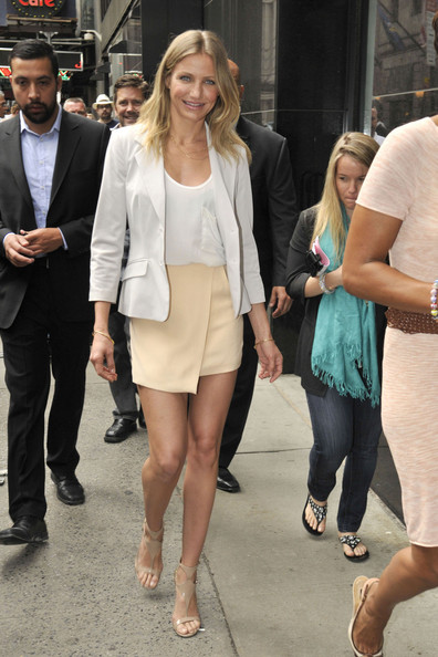 """Monday June 20 2011I. Cameron Diaz is spotted in Manhattan coming out of the """"Good Morning America"""" studios where the actress was promoting her new movie """"Bad Teacher"""" in which she co-stars alongside Jason Segel and her ex Justin Timberlake."""