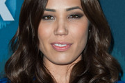 Michaela Conlin Long Wavy Cut