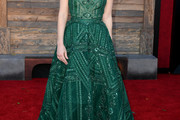 Jessica Chastain Off-the-Shoulder Dress
