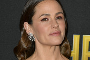 Jennifer Garner Long Wavy Cut