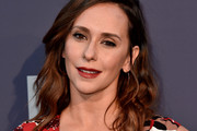 Jennifer Love Hewitt Medium Wavy Cut