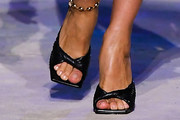 Irina Shayk Slide Sandals Are The Summer Footwear Trend We Can't Get Enough Of