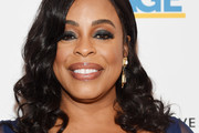 Niecy Nash Medium Curls