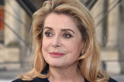 Catherine Deneuve Medium Wavy Cut