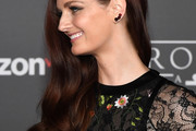 Lydia Hearst Side Sweep