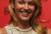Candice Swanepoel Long Wavy Cut