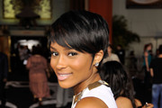 Ciara Short Straight Cut
