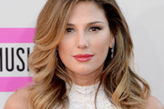 Daisy Fuentes Long Wavy Cut