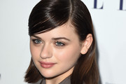 Joey King Side Parted Straight Cut