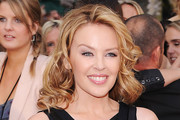 Kylie Minogue Medium Curls