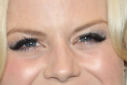 Megan Hilty Metallic Eyeshadow