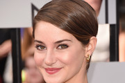 Shailene Woodley Side Parted Straight Cut