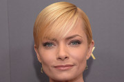 Jaime Pressly Short Cut With Bangs