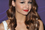 Aimee Carrero Long Wavy Cut