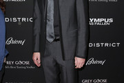 Dylan McDermott Men's Suit
