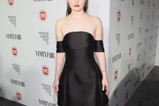 Kaitlyn Dever Off-the-Shoulder Dress