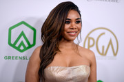 Regina Hall Side Sweep