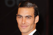 Jon Kortajarena Side Parted Straight Cut