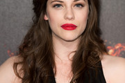 Jessica De Gouw Long Wavy Cut