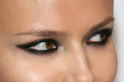 Natasha Poly Smoky Eyes