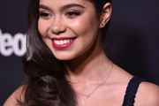 Auli'i Cravalho Side Sweep