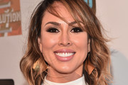 Kelly Dodd Medium Wavy Cut with Bangs