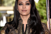 Aishwarya Rai Long Side Part