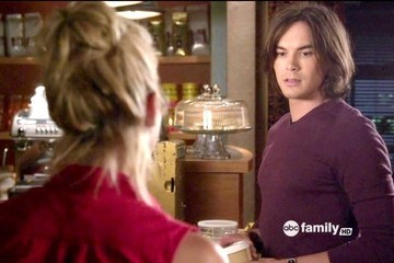 Ashley Benson Tyler Blackburn Pretty Little Liars Season 3 Episode 8