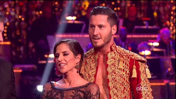 dancing with the stars kelly and val are they dating Kelly monaco & val chmerkovskiy: are they dating or not  kelly monaco val final freestyle dirty dancing with the stars gh  why i believe that kelly monaco and val chmerkovskiy are dating .