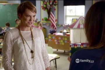Larisa Oleynik Pretty Little Liars Season 3 Episode 11
