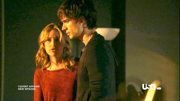 Piper Perabo and Christopher Gorham Photos Photos - Covert Affairs