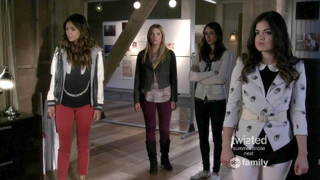 What Will Be in the Closets of your Favorite Characters this Season On 'Pretty Little Liars'